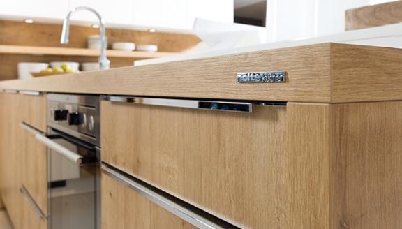 Keuken Badkamer Rijssen : Badkamer met behang max keuken badkamer behang edem vinyl bedrukt